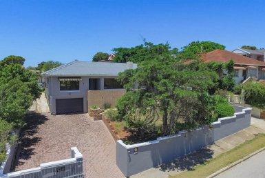3 Bedroom House in Millard Grange