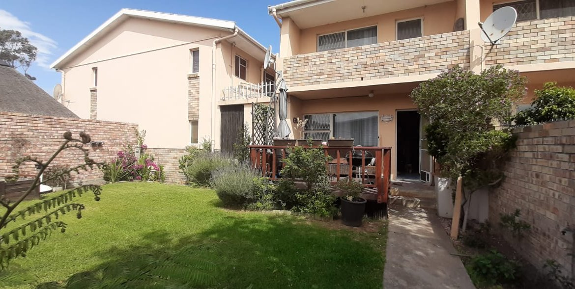 1 Bedroom Townhouse for sale in Kabega