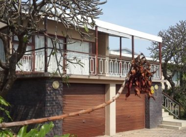 4 Bedroom House for sale in Malabar