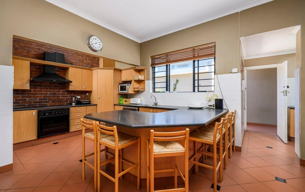 6 Bedroom House for sale in Parsons Hill