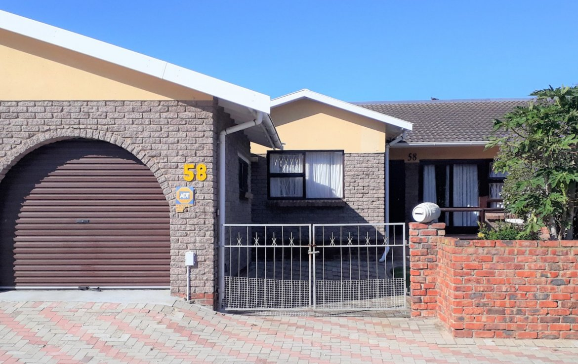 2 Bedroom Townhouse for sale in Newton Park