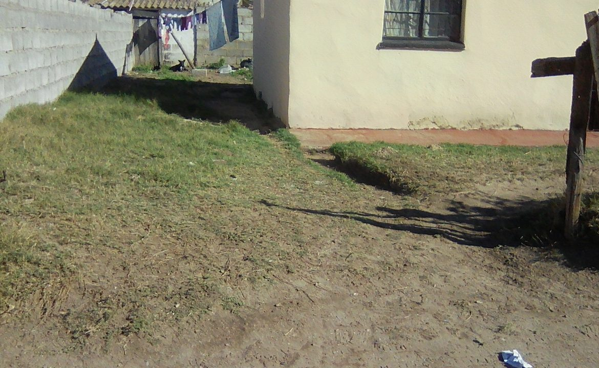 2 Bedroom House For Sale in Kwazakhele