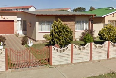 3 Bedroom House For Sale in Algoa Park