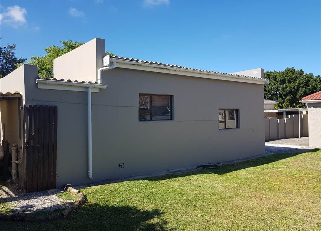 3 Bedroom House in Newton Park